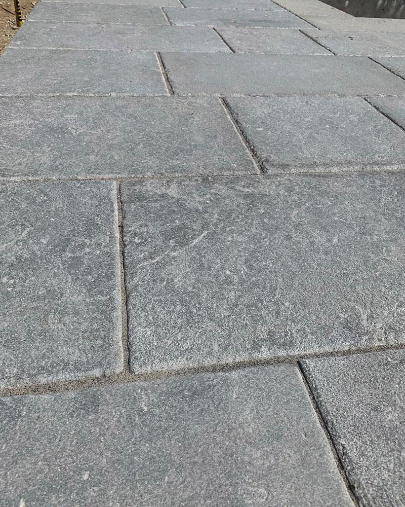 Pyrenees Grey Old Heritage limestone pavers